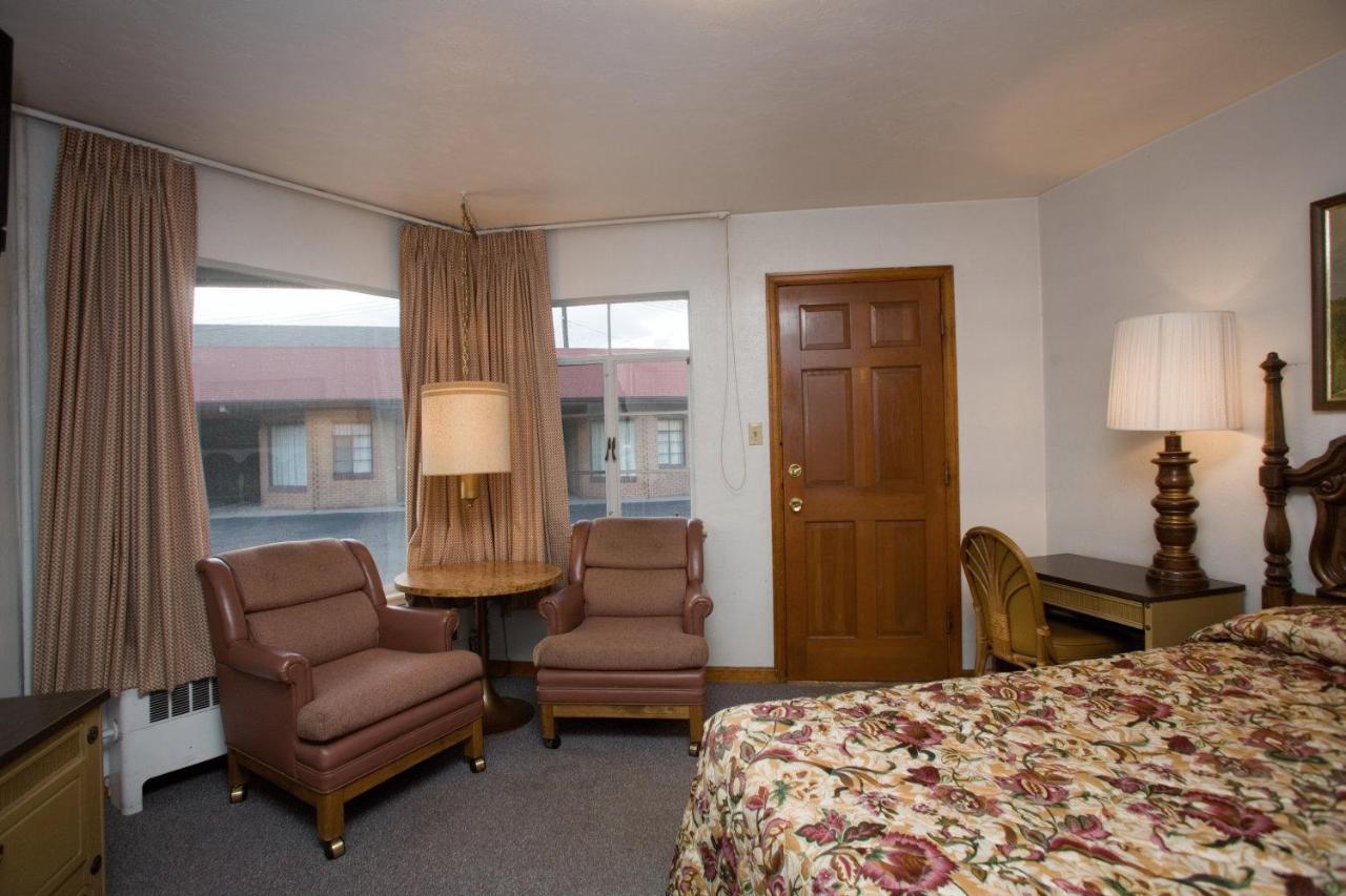 Stagecoach Motel, Colorado Springs, CO - Booking.com