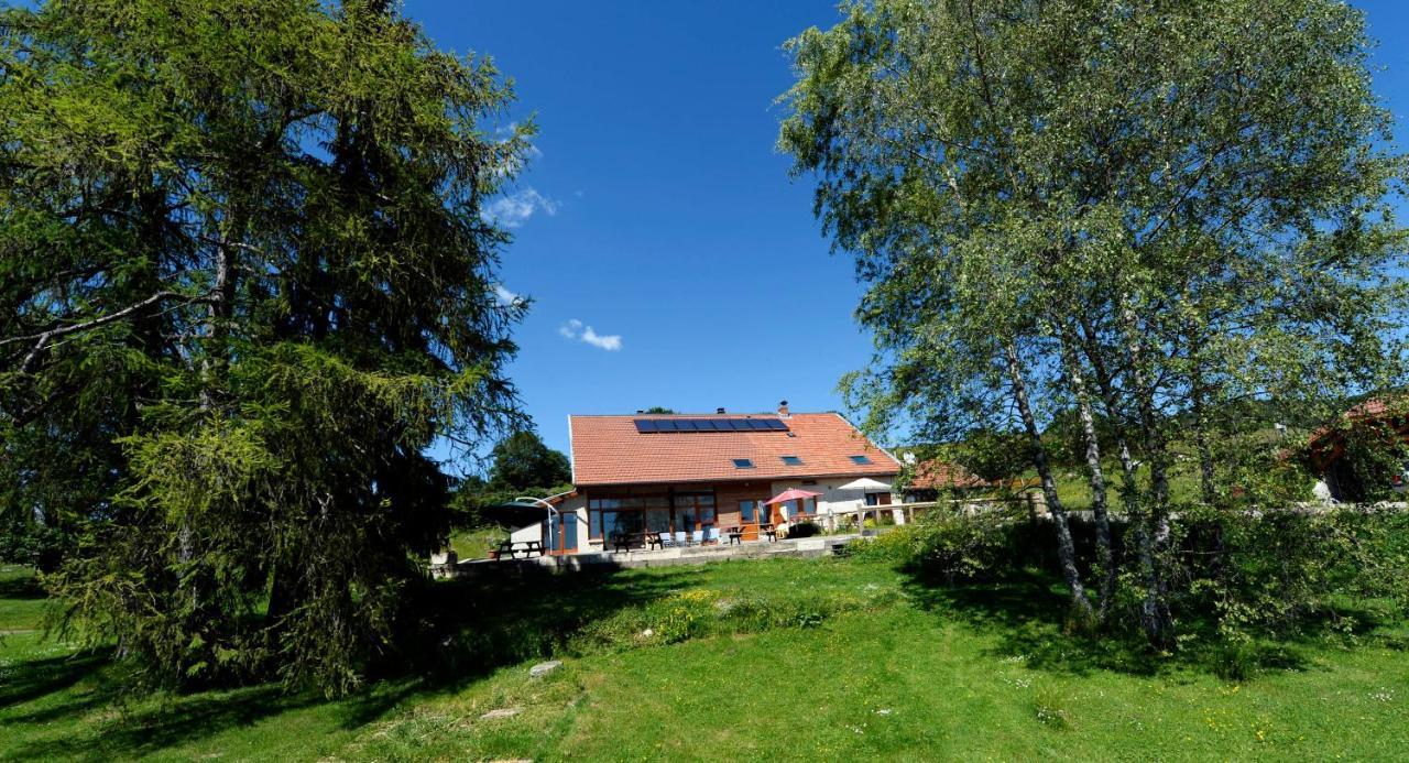 Guest Houses In Poncin Rhône-alps