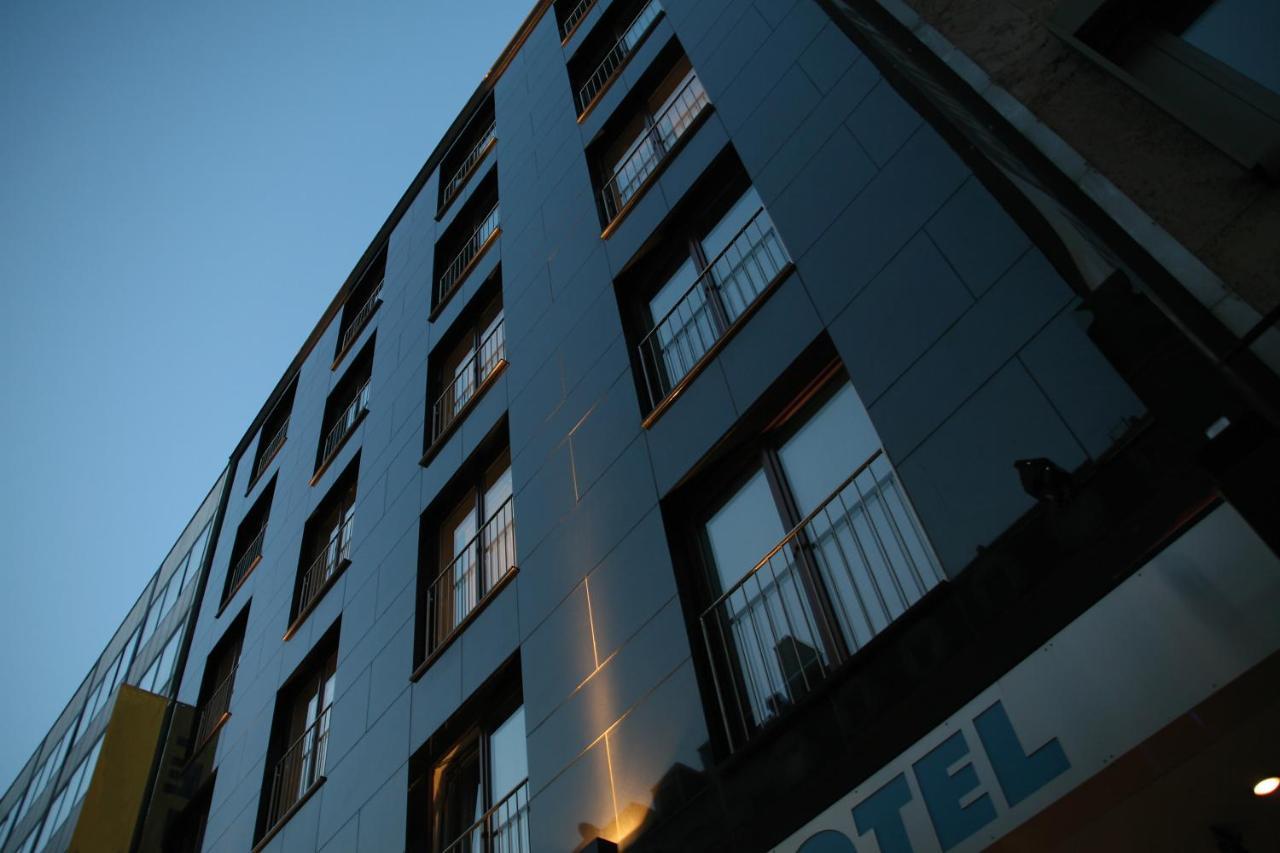 Schiller 5 Hotel, Munich, Germany - Booking.com
