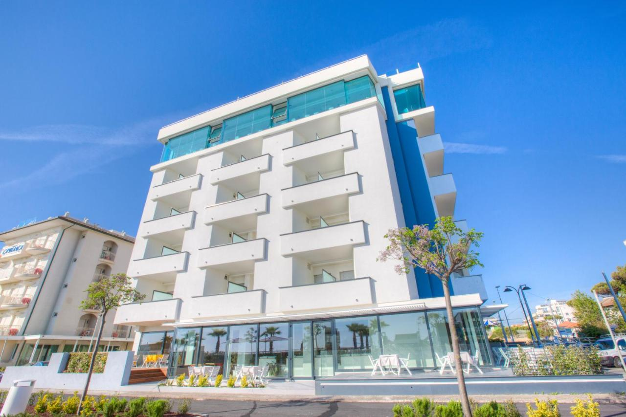 Hotel Commodore (Italien Riccione) - Booking.com
