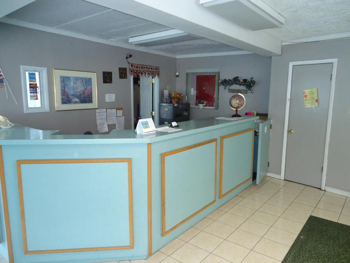 Southern Hills Inn, South Point, OH - Booking.com
