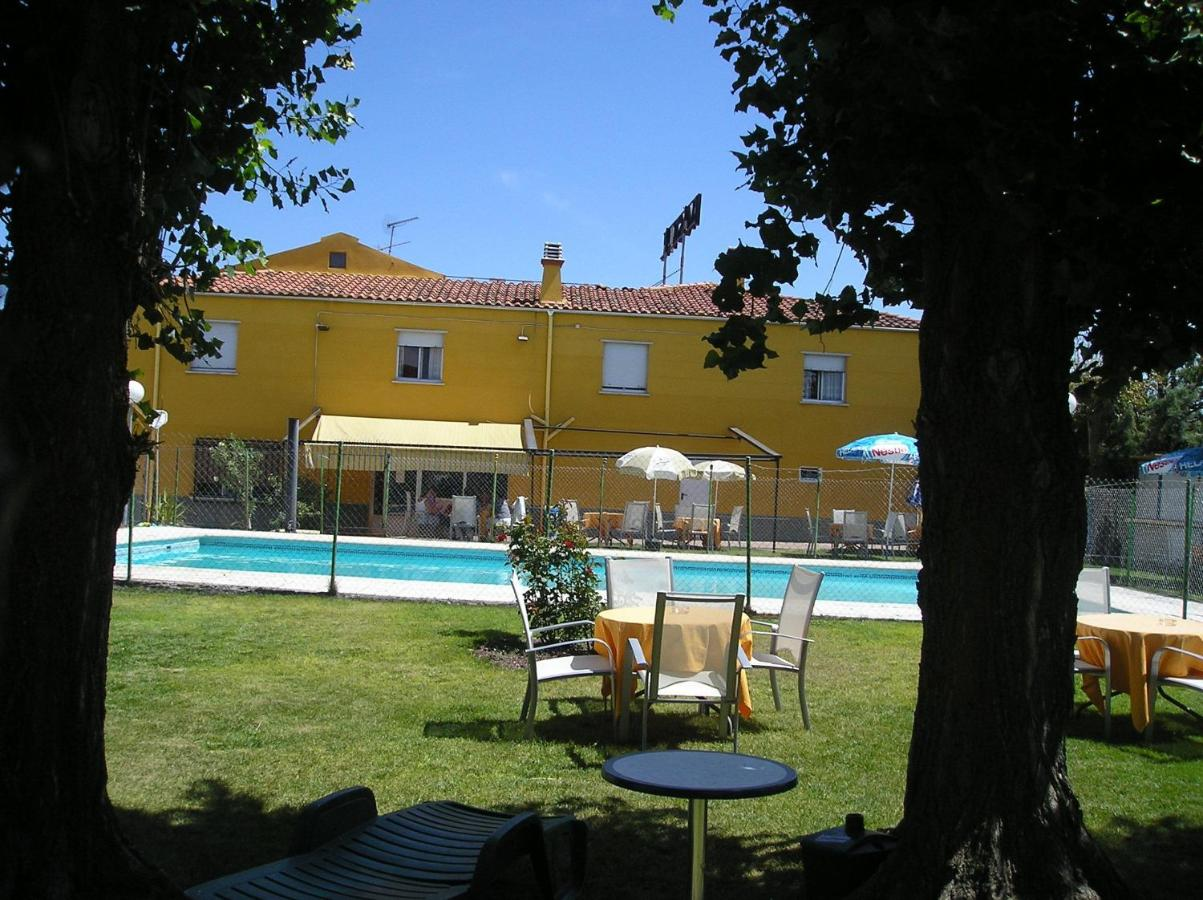 Guest Houses In Torresmenudas Castile And Leon