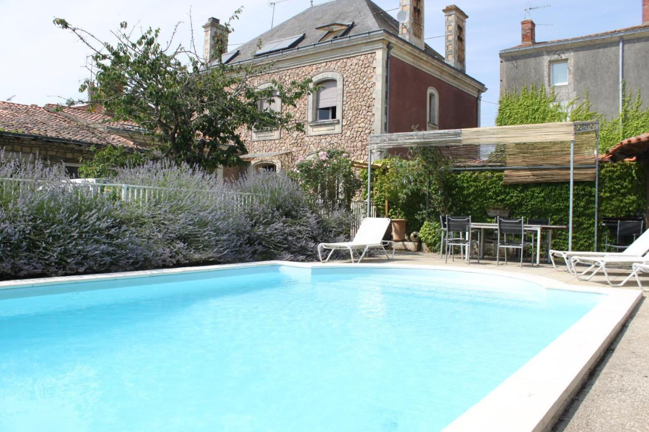 Bed And Breakfasts In Saint-denis-du-payré Pays De La Loire