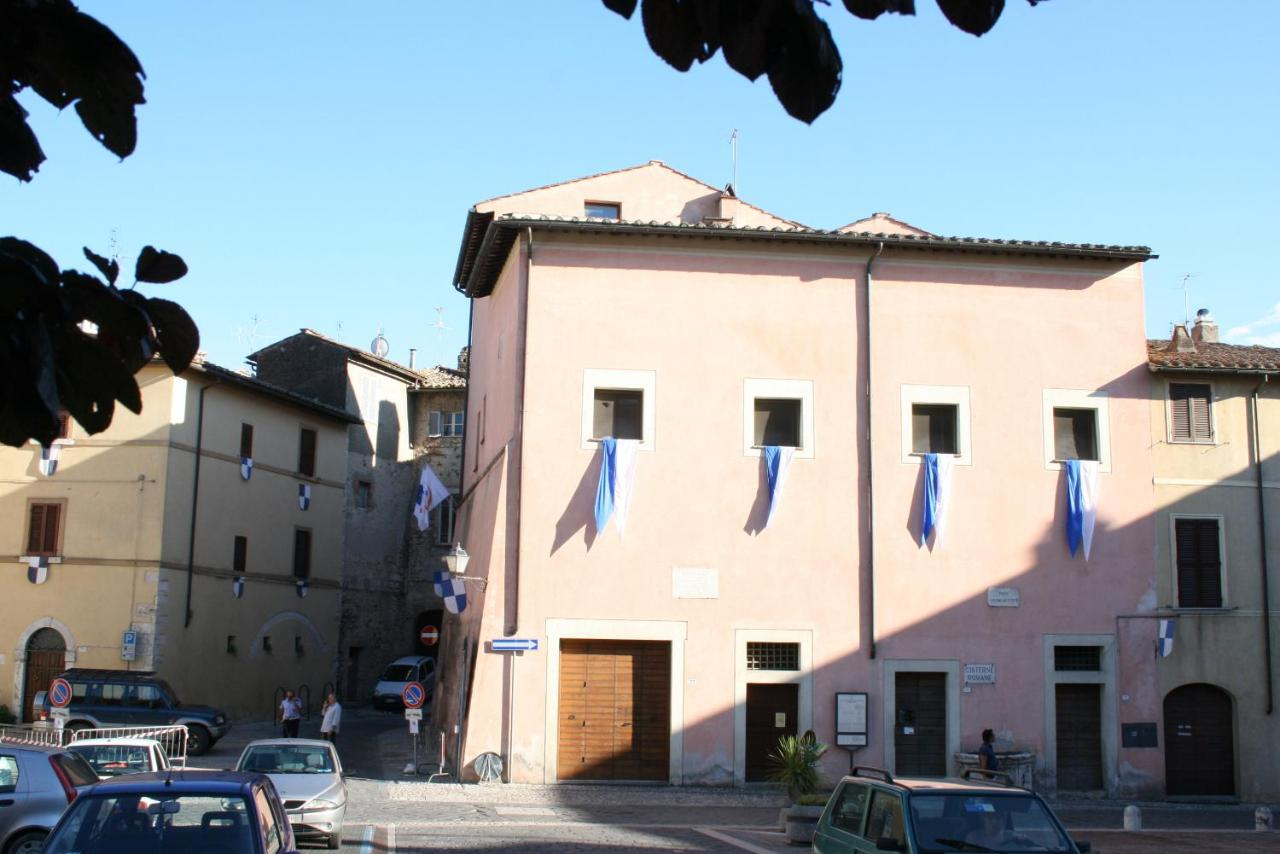 Hostels In Alviano Umbria