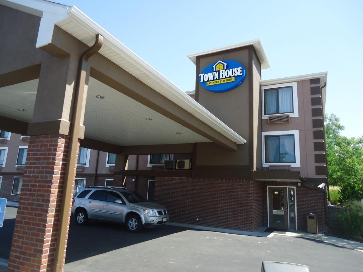 courtyard ne extended lincoln freehotelcoupons hotel for hotels stay by coupons marriott downtown nebraska com