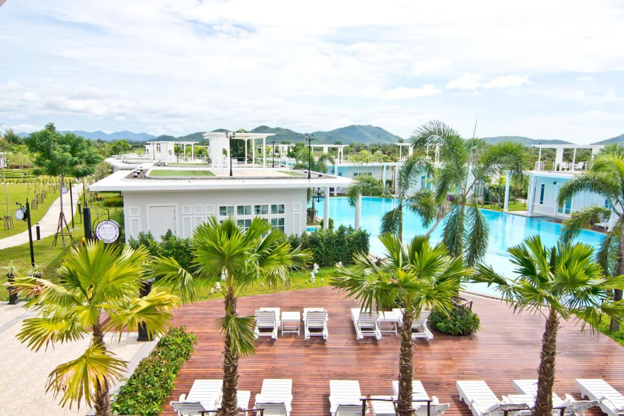 Hotel The Sea-Cret Garden Hua Hin, Thailand - Booking.com