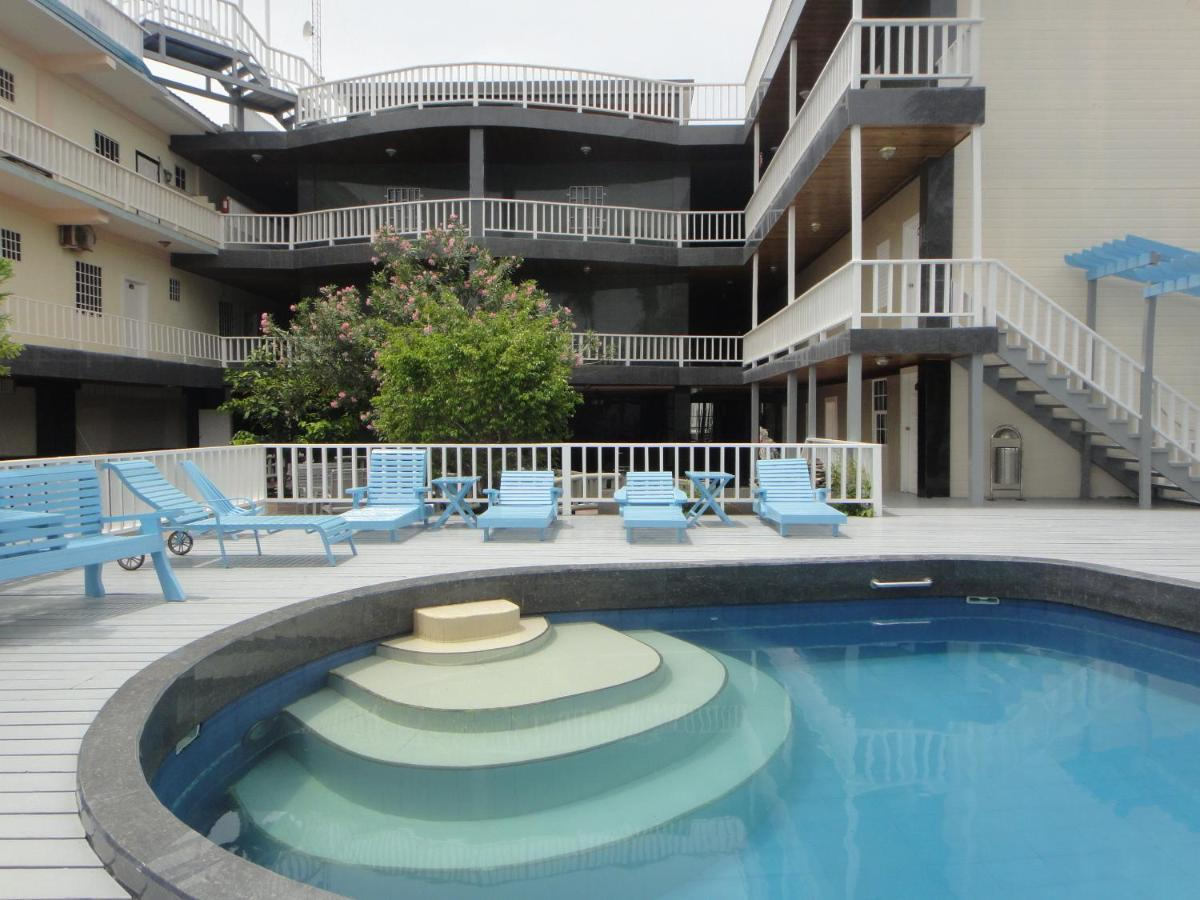 China Town Hotel (Belize Caye Caulker) - Booking.com