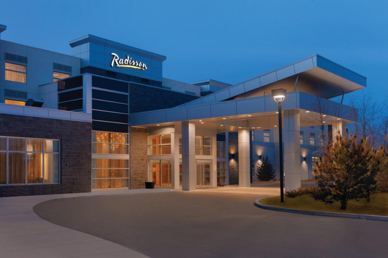 Hotels In Bearspaw Alberta