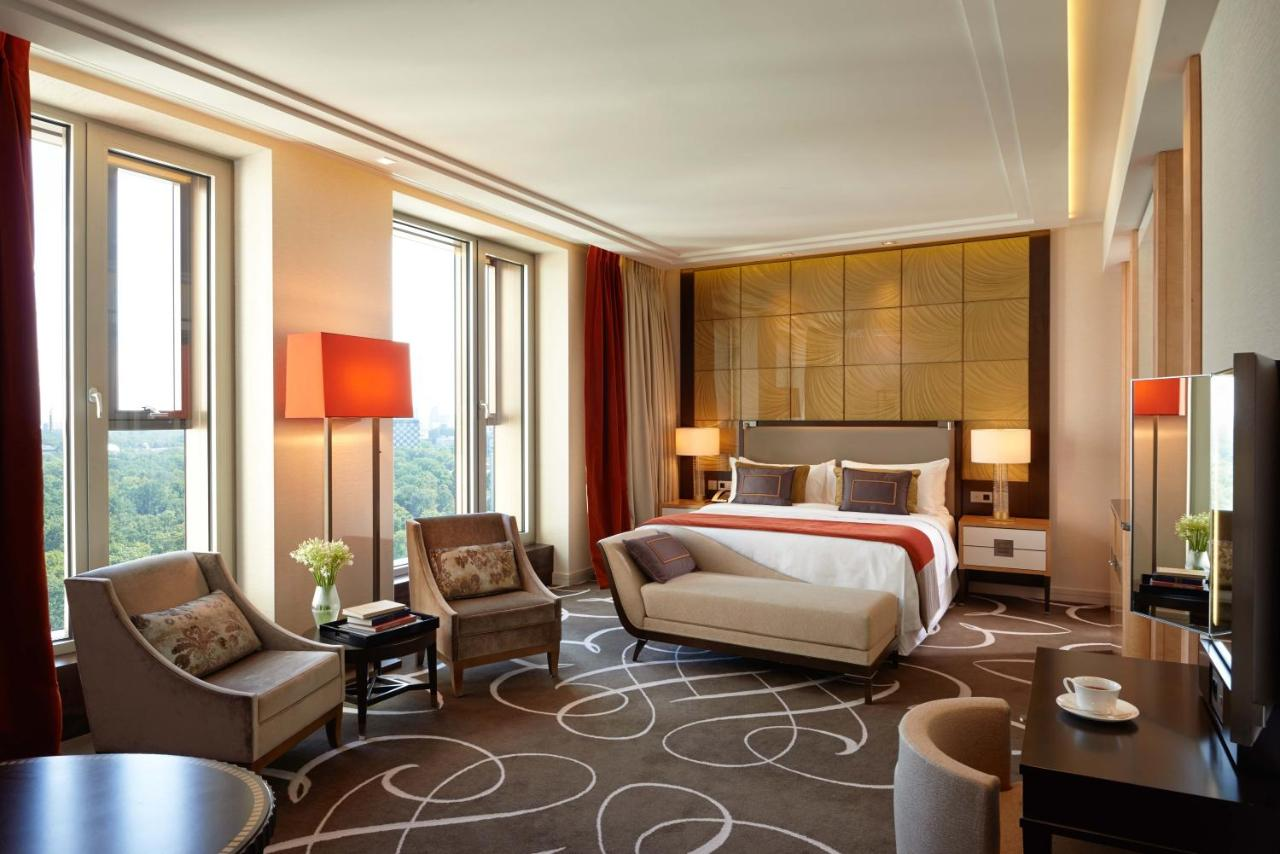 Hotel Waldorf Astoria Berlin Germany Booking Com