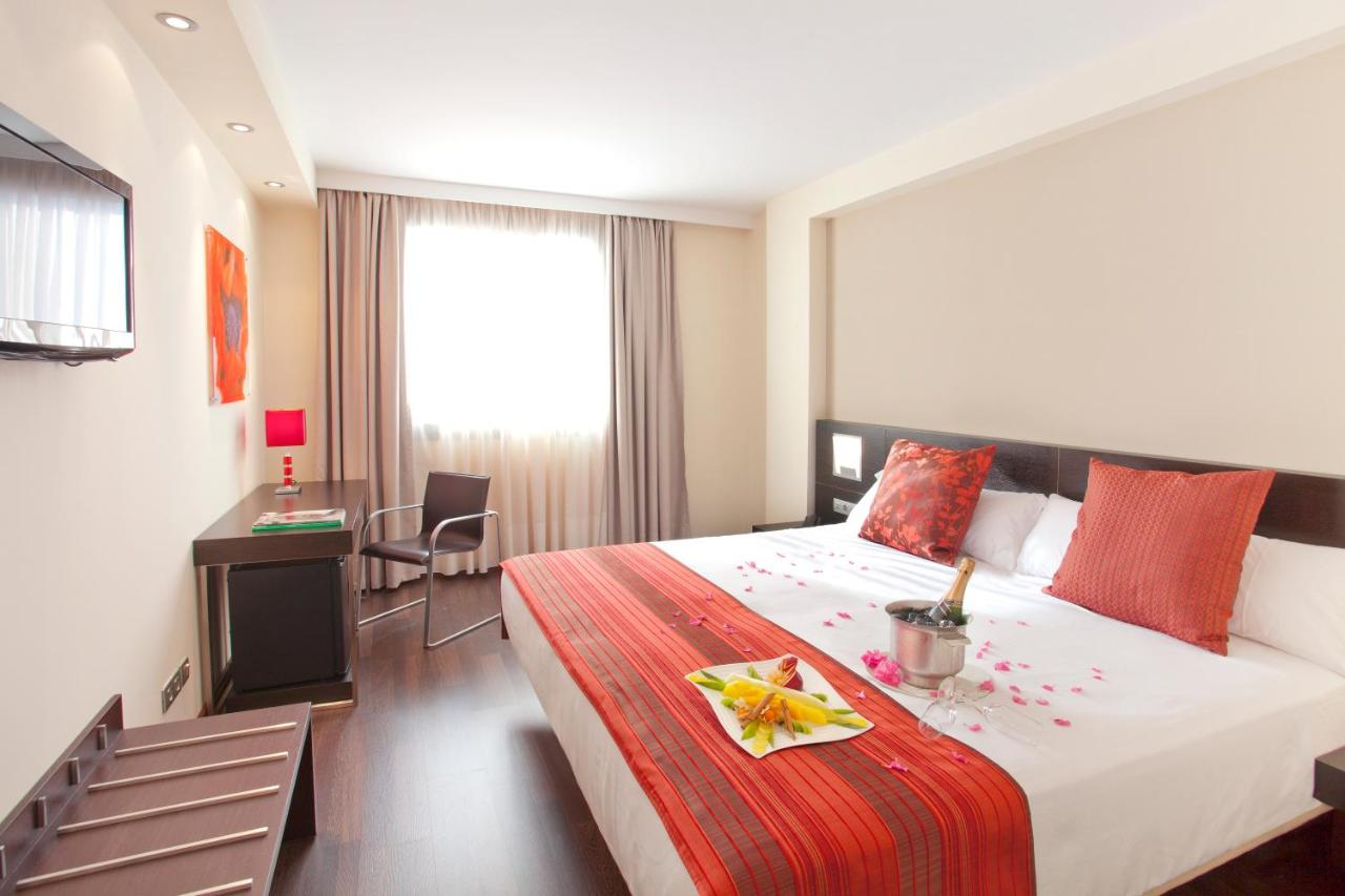 Hotels In El Bujeo Andalucía