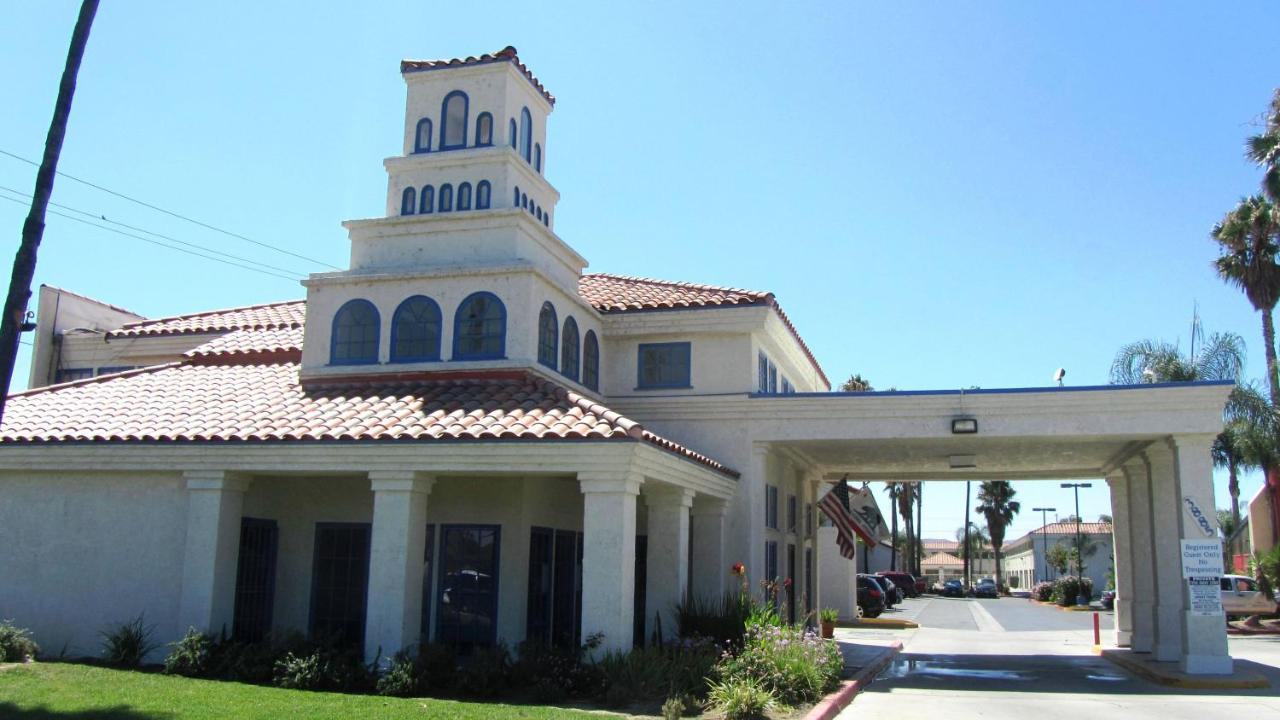 Hotels In Banning California