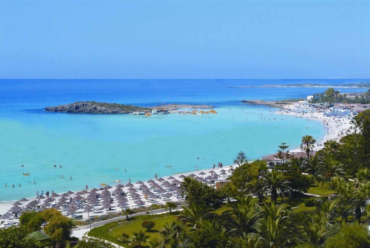 Кипр! Отличный отдых на пляже Нисси Бич!