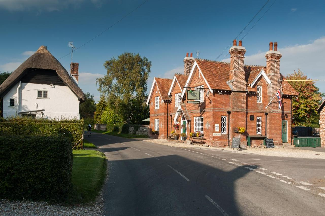 Hotels In Abbotts Ann Hampshire