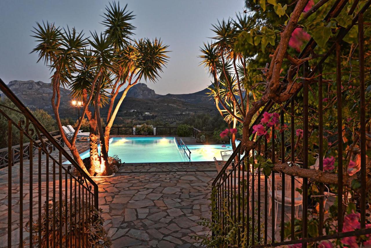 Villa Palm River (Griechenland Asómatoi) - Booking.com