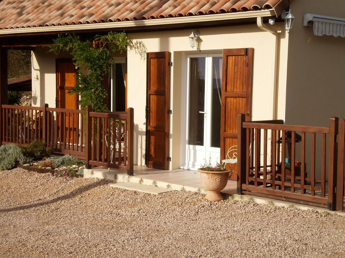 Guest Houses In Vieillevie Auvergne
