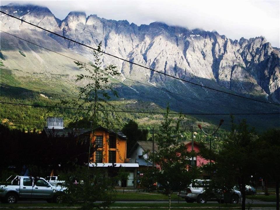 Hostels In Golondrinas Chubut