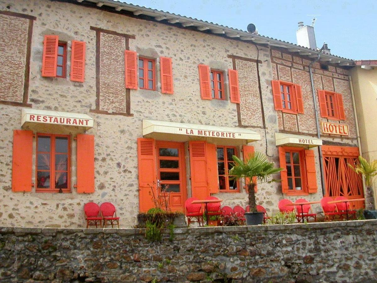Hotels In Neuville Limousin