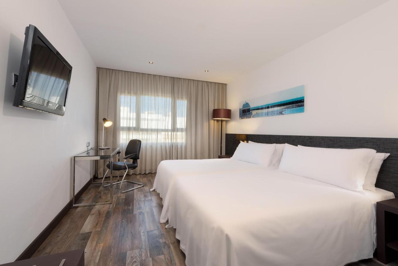 Hotels In Torregorda Andalucía