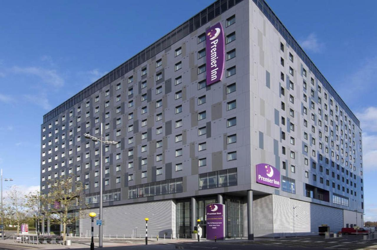 Gatwick Airport North Terminal Postcode >> Premier Inn London Gatwick Airport North Terminal Crawley