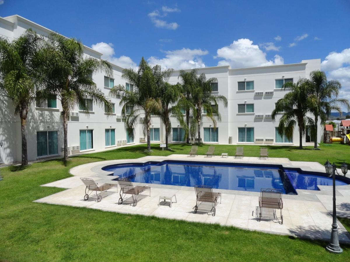 Hotels In Rancho De La Cruz Guanajuato
