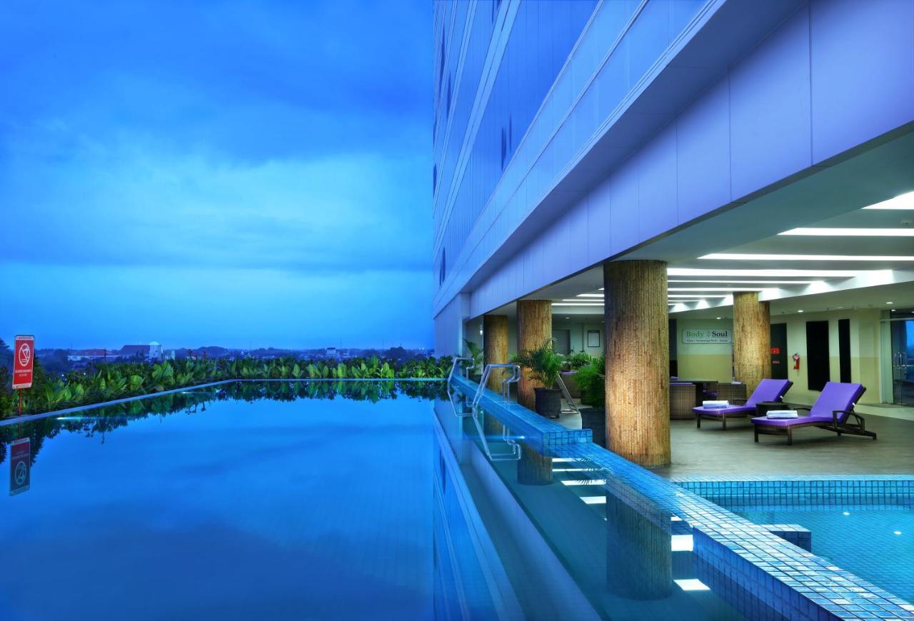 aston madiun hotel indonesia booking com rh booking com daftar harga hotel di madiun jawa timur daftar harga hotel di madiun jawa timur