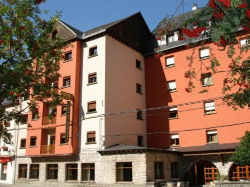 Hotels In Canfranc Aragon
