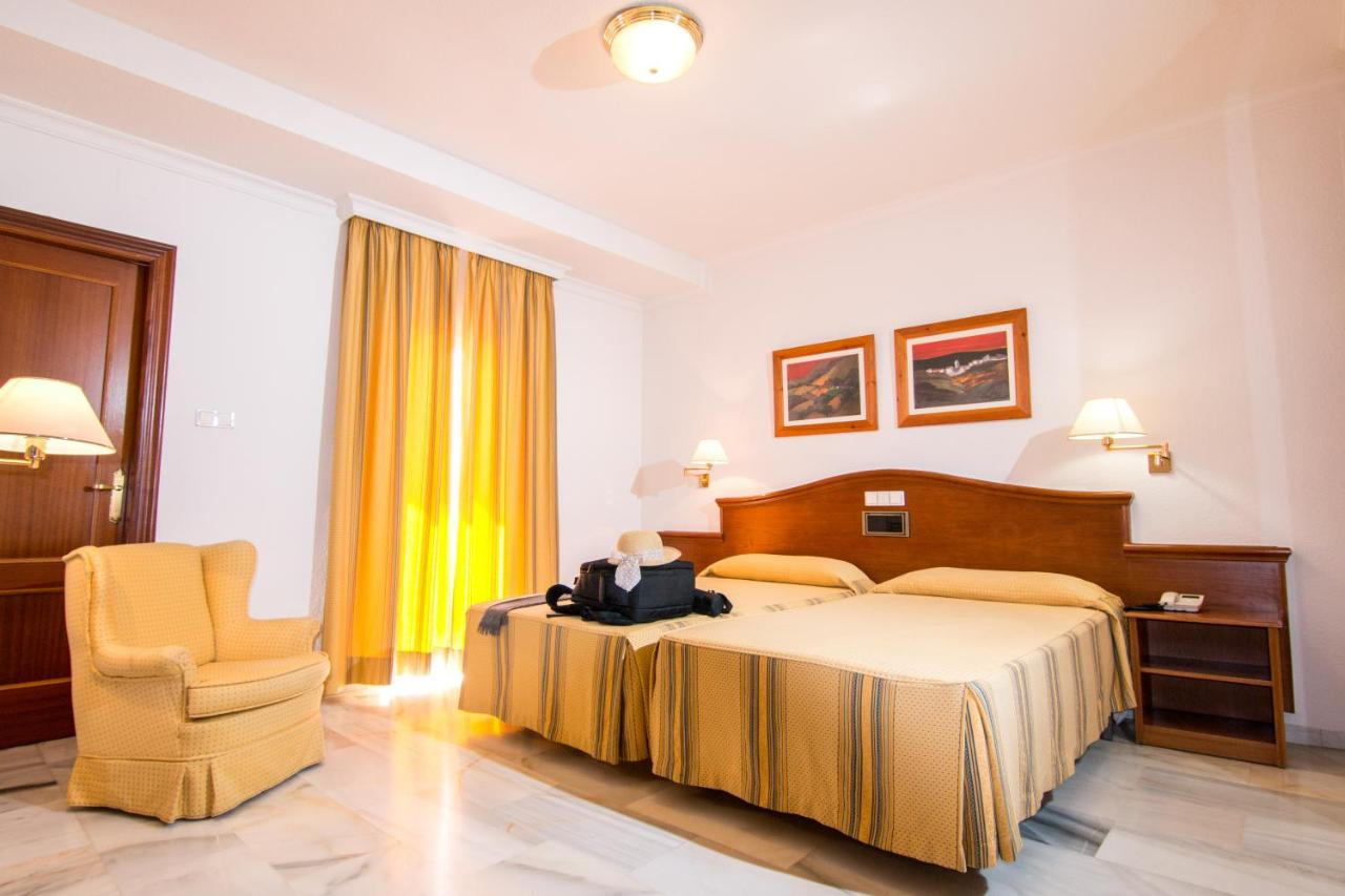 Hotels In Fuensanta Andalucía