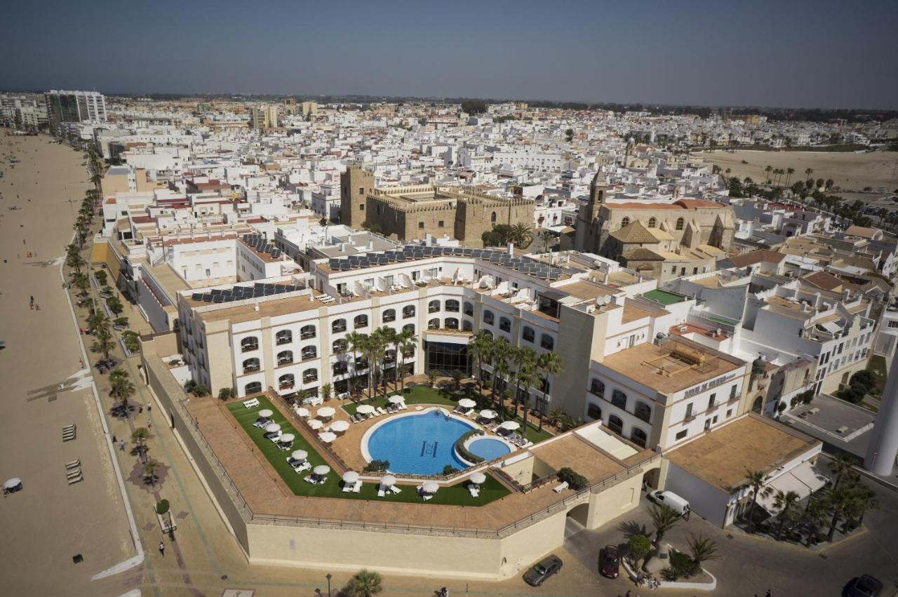 Hotels In Almadraba