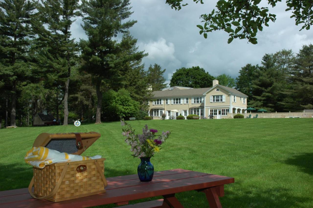 Bed And Breakfasts In East Otis Massachusetts