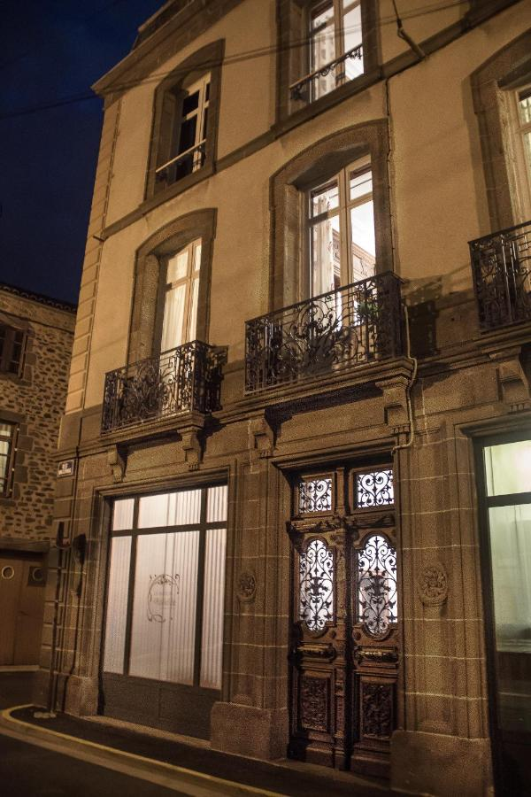 Bed And Breakfasts In Neussargues-moissac Auvergne