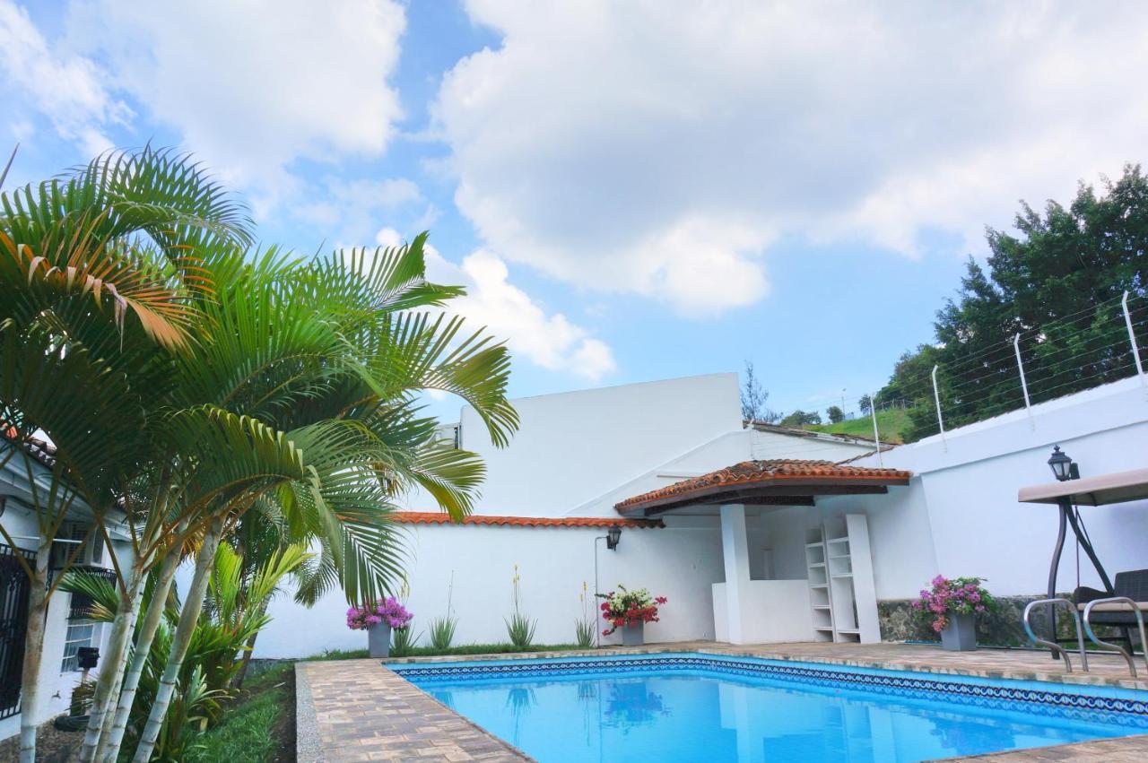 Hotels In Menga Valle Del Cauca