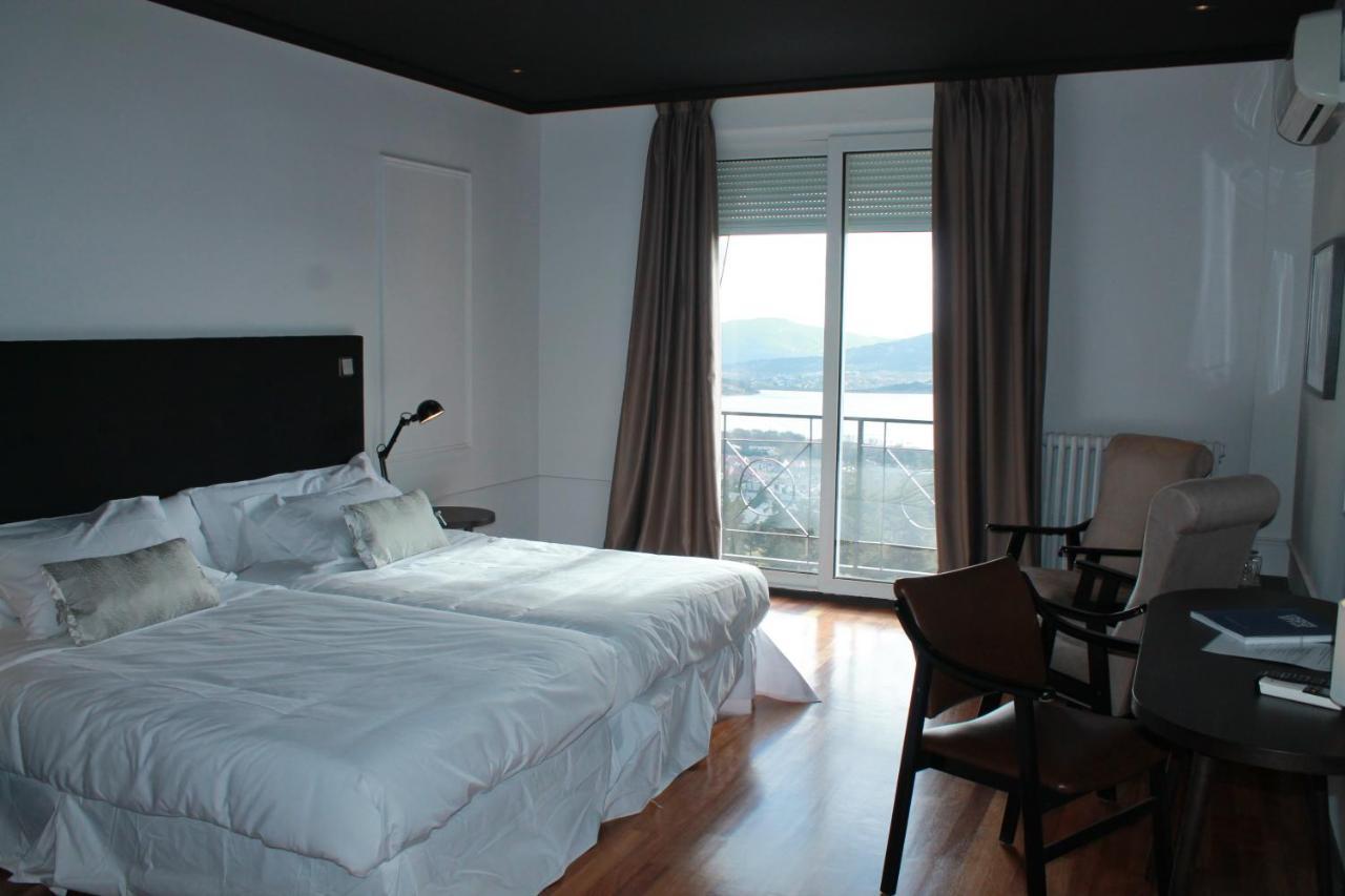 Hotels In Los ÁNgeles De San Rafael Castile And Leon
