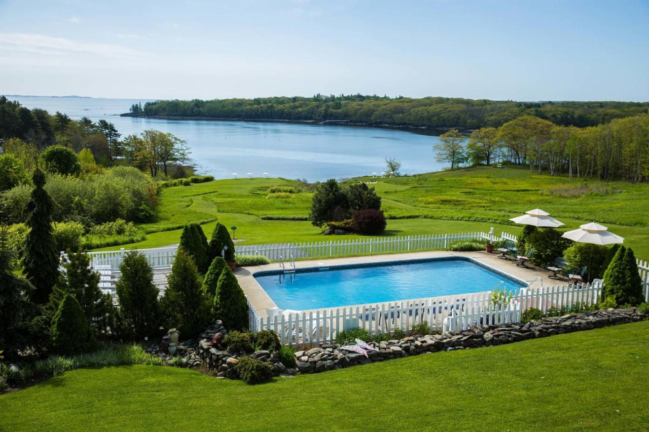 Hotels In Glen Cove Maine