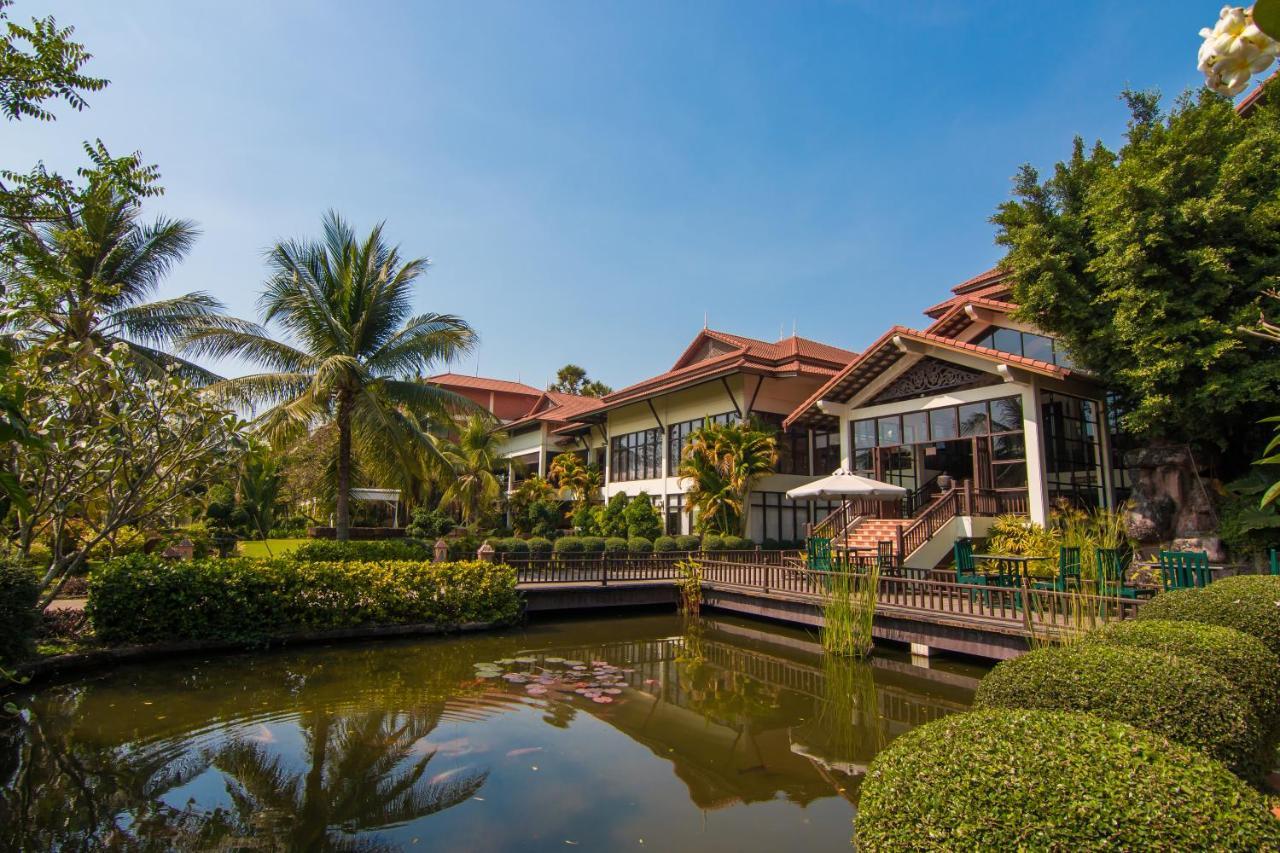 Angkor Palace Resort Spa Angkor Palace Resort Siem Reap Cambodia Bookingcom
