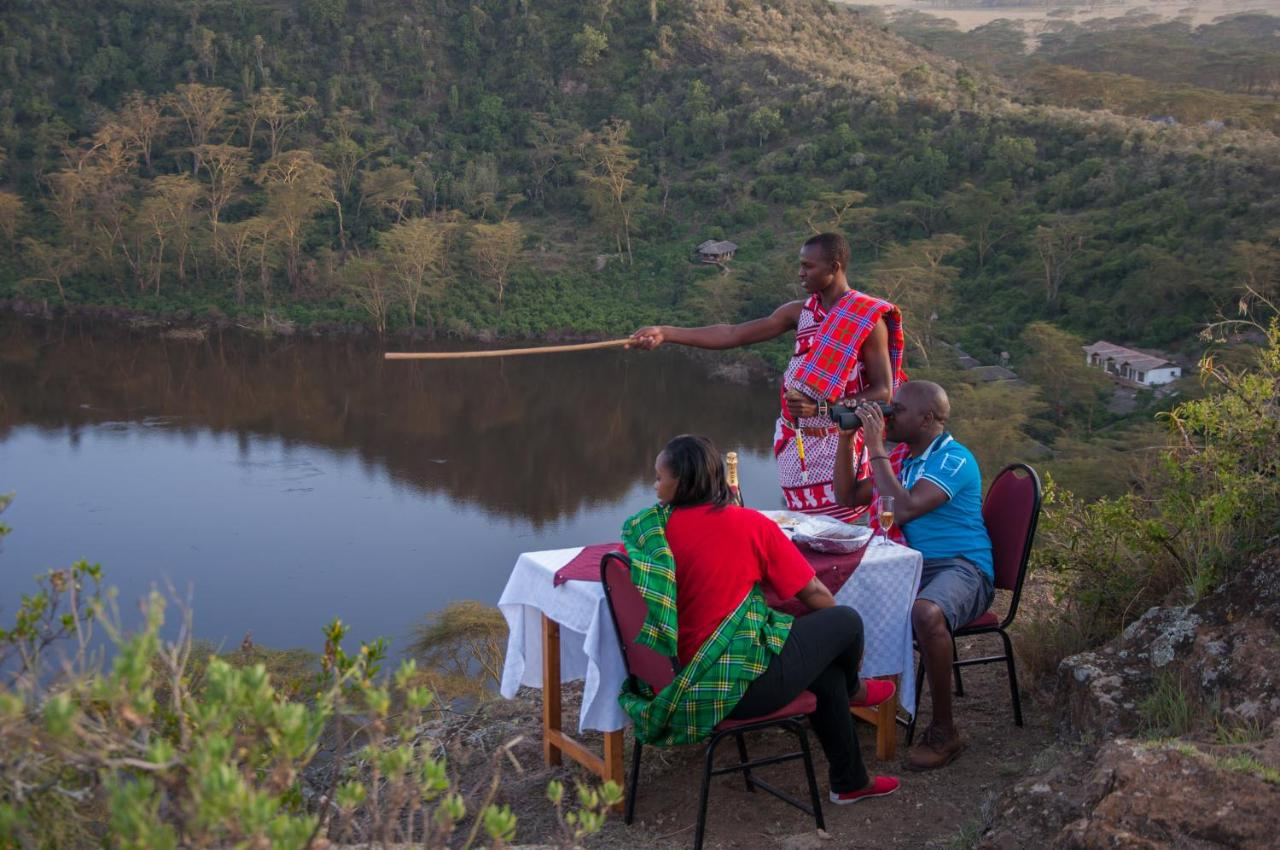 Crater Lake Tented Camp And Game Sanctuary Naivasha Updated  # Un Muble De Tele En Lake