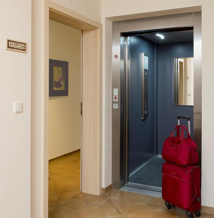 Apartment Haus Maritchen, Kals am Großglockner, Austria - Booking.com
