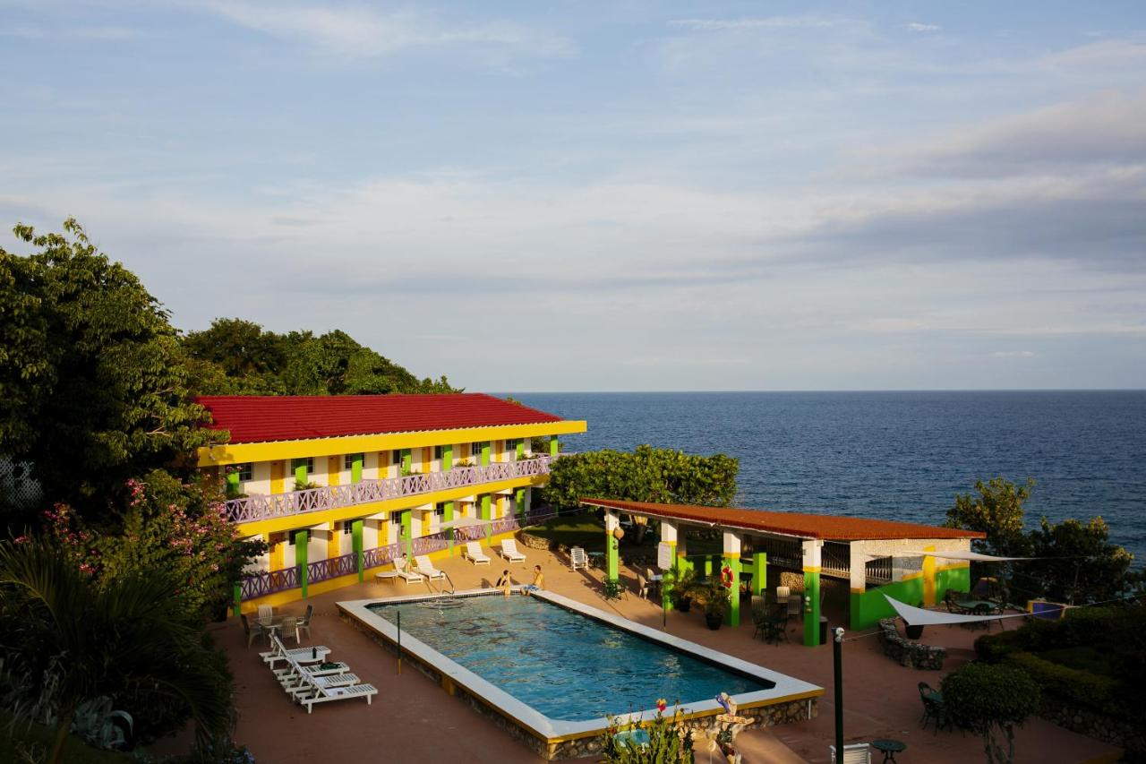 Hotels In Robins Bay Saint Mary
