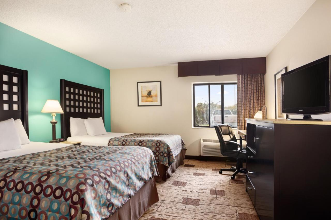 Hotels In Van Buren Arkansas