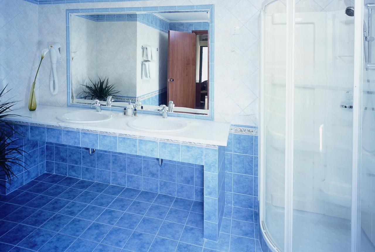 Hotel Marion, Loutraki, Greece - Booking.com
