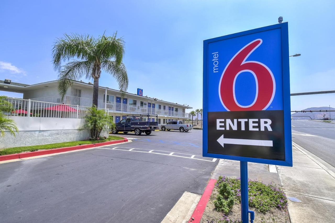Hotels In Devore California