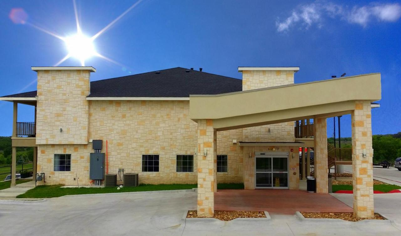 Hotels In Luling Texas