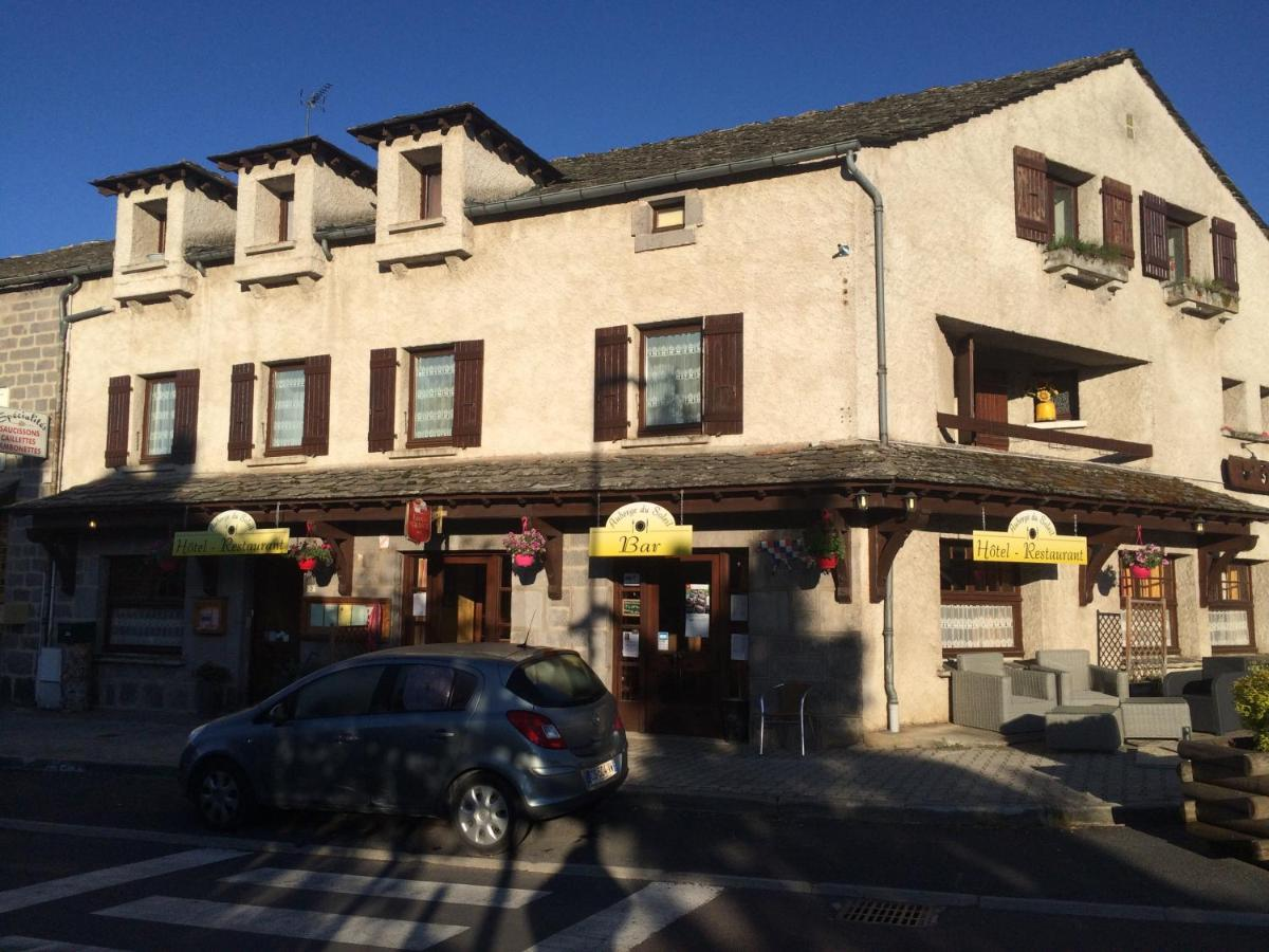 Hotels In Peyberninc Auvergne