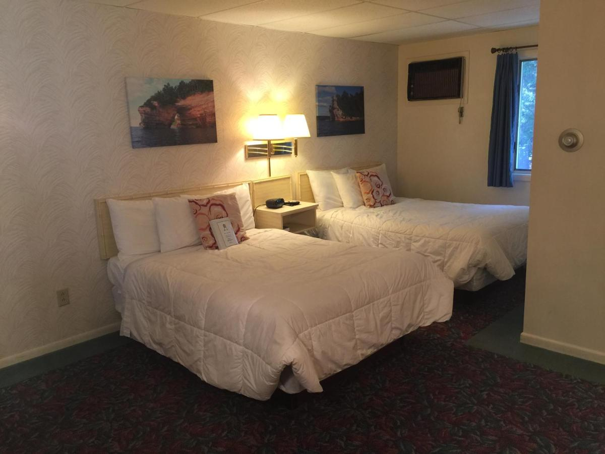 Hotels In Ishpeming Michigan