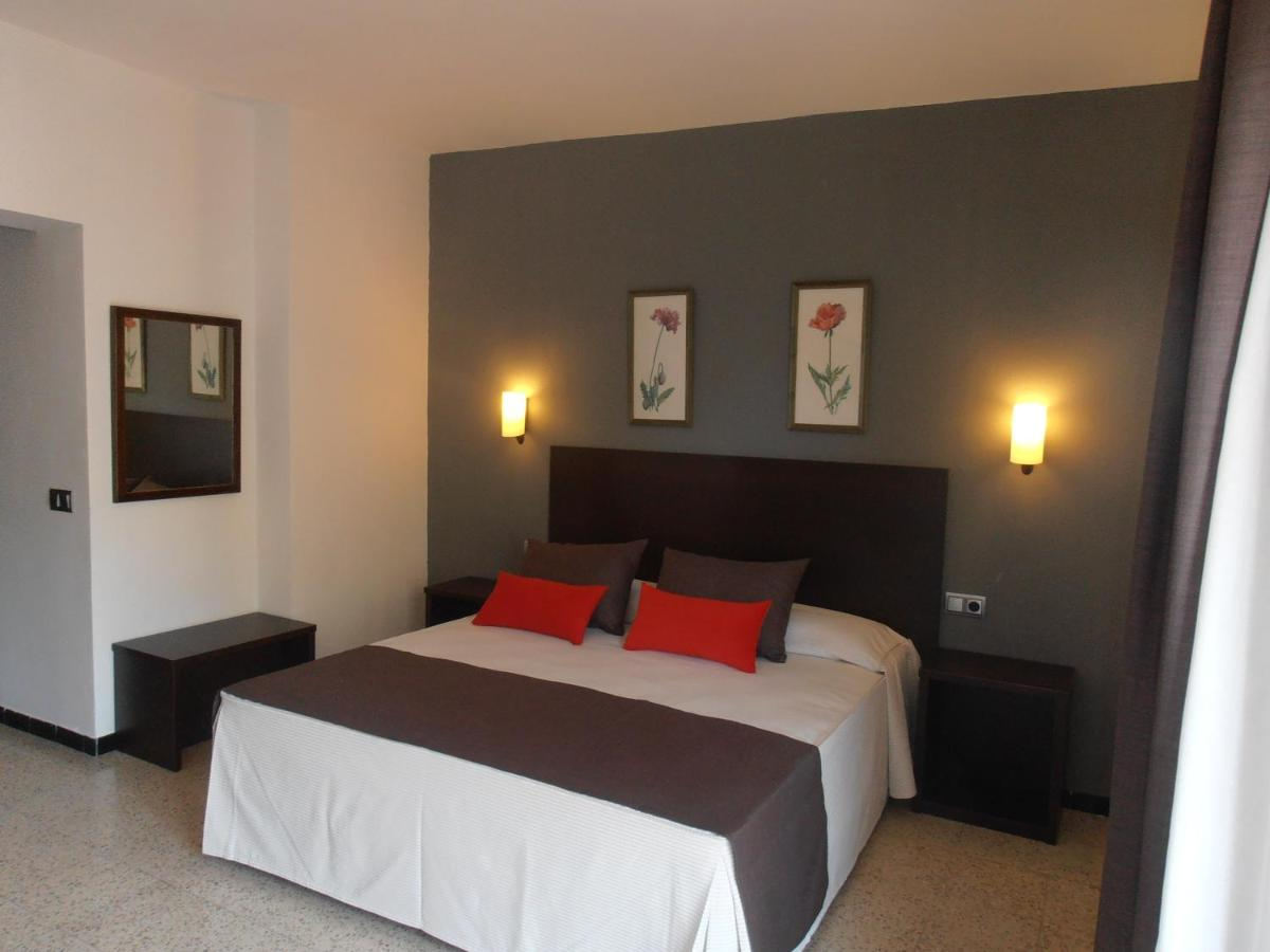 Hotels In Vehinat De San Lorenzo Catalonia