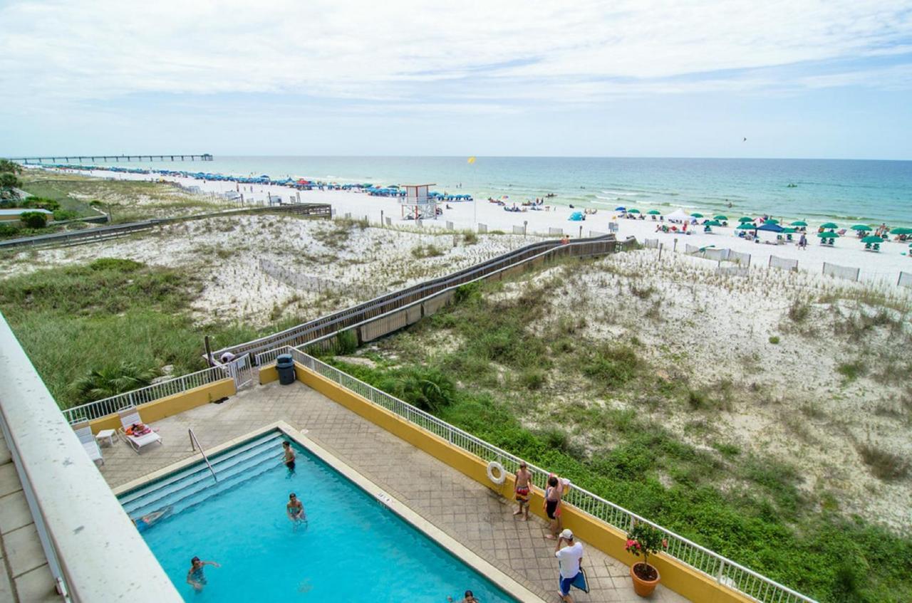 Gulf Dunes Beach Resort, Fort Walton Beach, FL - Booking.com