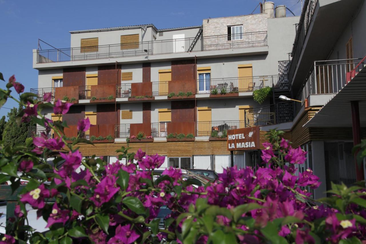 Hotels In Torroella De Fluviá Catalonia