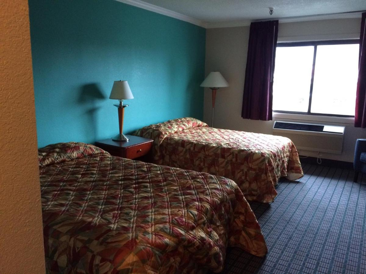 John Milton Inn, East Syracuse, NY - Booking.com