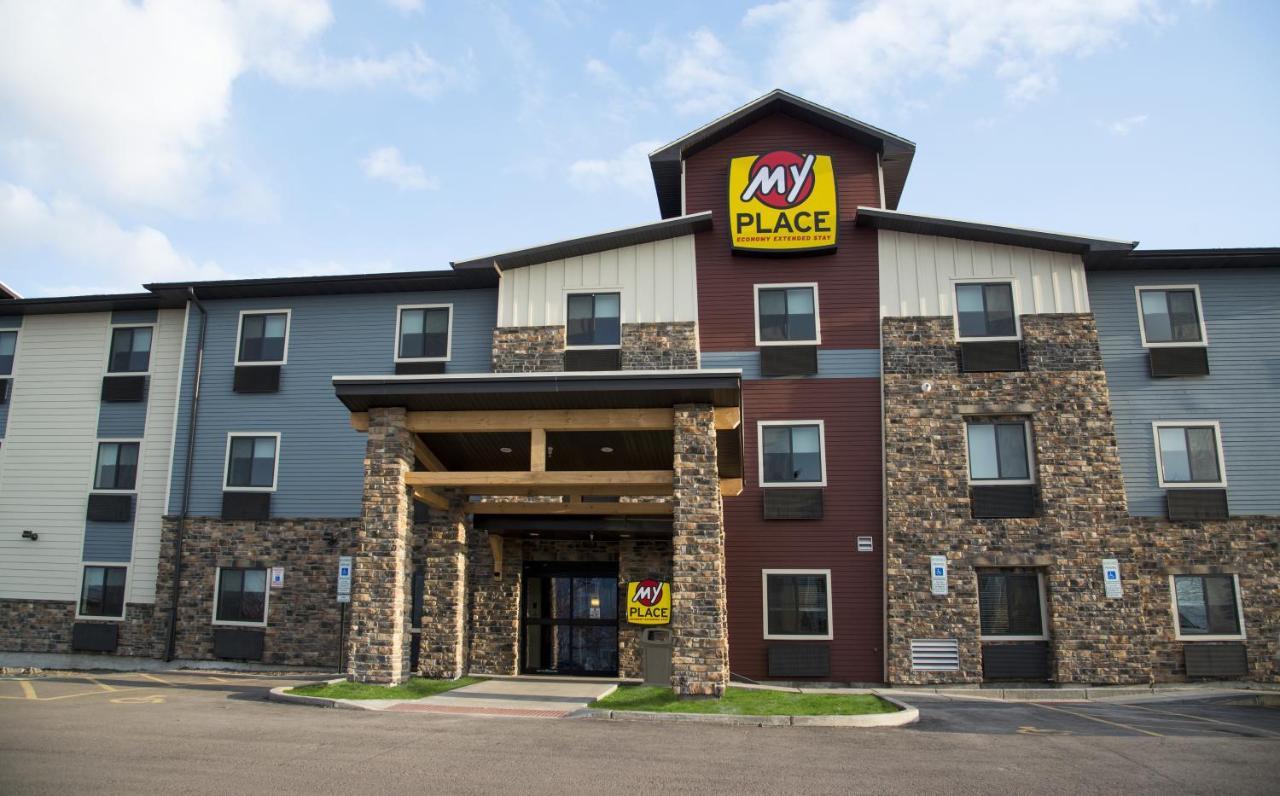 Hotels In Freedom Pennsylvania