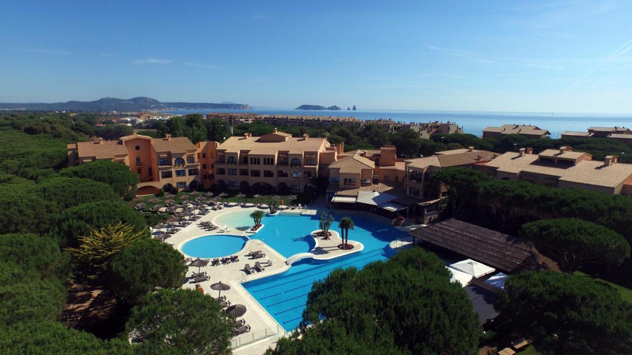 Hotels In Isla Roja