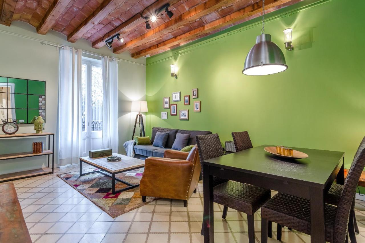 Urban District Apartments Green Market Barcelona Precios  # Muebles Favorita Urgell
